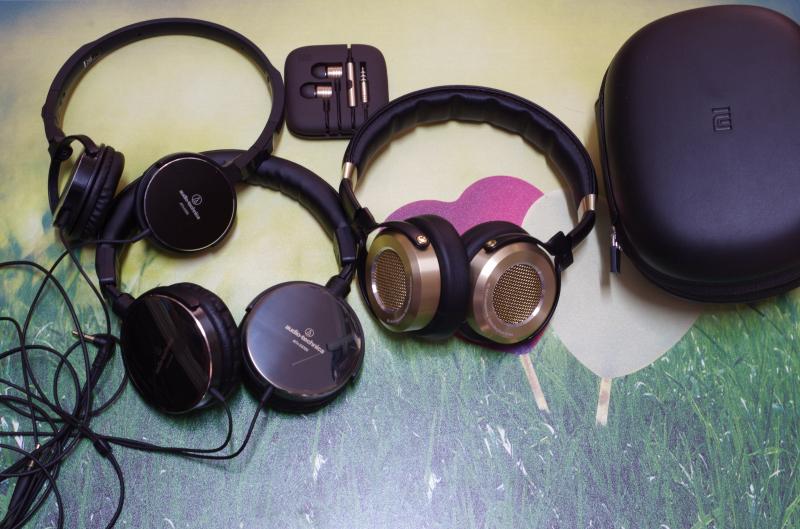 不过小米头戴式耳机的第一耳给我的印象还是非常好的